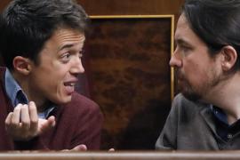 Iglesias y Errejón llevan la lucha interna de Podemos al hemiciclo del Congreso