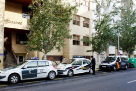 La Policía Nacional detiene a dos jóvenes que dejaron a otro inconsciente para robarle en Vila