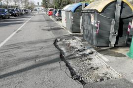 Los 'agujeros negros' del asfalto ibicenco