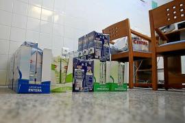 Cruz Roja pide a la ciudadanía ayuda urgente para poder seguir distribuyendo leche