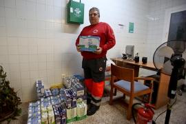 El Banco de Alimentos de Ibiza y Formentera entrega 600 litros de leche a Cruz Roja