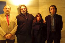 El Govern reconoce el «talento» de Joan Valent como Artista de l'Any  2011