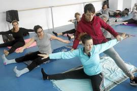 El barrio de Can Misses de Ibiza estrenó ayer su nueva sala polivalente