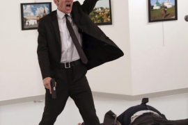 La imagen del asesinato del embajador ruso en Turquía, fotografía del año 2016 para World Press Photo