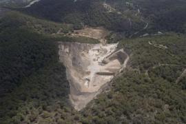 Santa Eulària mantiene la legalidad de la cantera de ses Planes