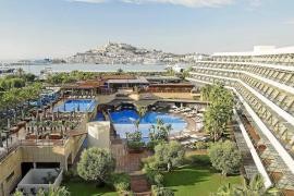El Ibiza Gran Hotel busca más de 50 empleados para completar su plantilla