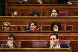 Rifirrafe en el Congreso entre Podemos y Ciudadanos, que se acusan mutuamente de «chupar cámara»
