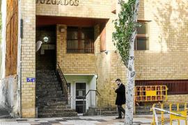 Piden penas de dos años de prisión por alzar una casa dentro de una parcela protegida