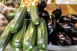 Las verduras regresan a las cestas