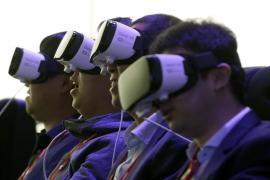 Grandes pantallas para móviles, cámaras dobles y escáner iris marcarán el Mobile World Congress