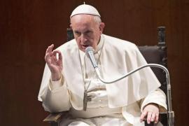 El papa Francisco critica la «doble vida» de los católicos que hacen «negocios sucios»