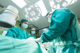Cuatro de cada diez médicos sufren acoso, maltrato o discriminación