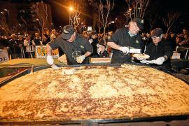 Una tortilla gigante para inaugurar el Carnaval de Vila