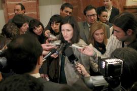 González Sinde, a un periodista: «No, no he pensado en dimitir, ¿y usted?»