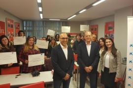 Incyde y la Cámara de Comercio de Ibiza premian a 23 jóvenes tras superar el curso 'Construye tu futuro'