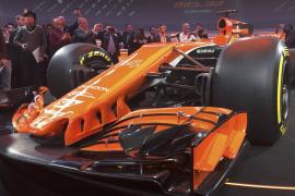 McLaren luce su bólido