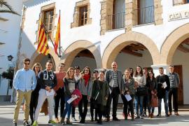 Santa Eulària impulsa la entrada en el mercado laboral de nueve 'jóvenes cualificados'