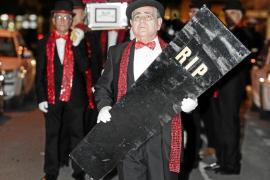 Una sardina con corona para no despedir el Carnaval de Ibiza