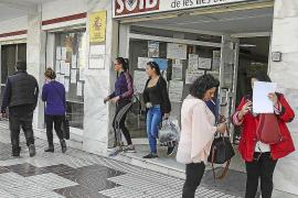 78 parados mayores de 30 años se incorporan al empleo público