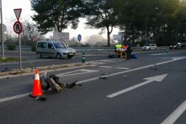 Herido grave un motorista al colisionar con una furgoneta en el cruce de Los Cazadores