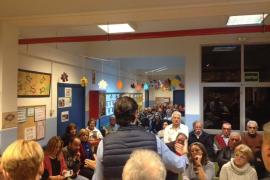 Más de 300 personas muestran su apoyo a Bauzá y «critican la actitud de la dirección» del PP