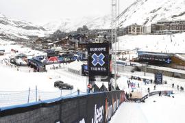 Un alud en una pista de la estación de Tignes atrapa a varios esquiadores