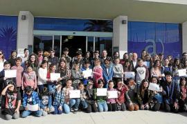 Sant Antoni entrega los permisos de venta para el mercado Icape de mayo