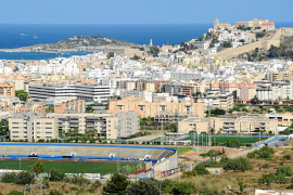 La compraventa de casas crece un 21% en las Pitiüses
