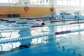 Las piscinas de Ibiza cuentan con 2.000 usuarios en espera