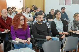 Estudiantes de arquitectura de Reus visitan Vila para hacer un estudio