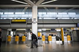Más de 600 cancelaciones de vuelos por la huelga de personal de tierra en los aeropuertos de Berlín