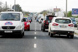 Los conductores tardan 30 minutos en recorrer los 17 kilómetros entre Vila y Santa Eulària