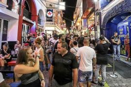 El PP de Sant Antoni se opone a la norma sobre terrazas por la política de «prohibir y castigar»