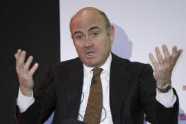 De Guindos afirma que los españoles «casi» han recuperado el nivel de renta anterior a la crisis