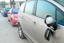 Más de una docena de vecinos de Santa Eulària han denunciado ataques vandálicos en sus coches