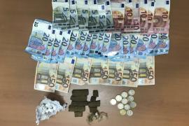 Detenido un hombre en Santa Eulària por vender droga en la calle