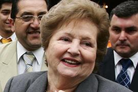 La fundación de la viuda de Augusto Pinochet defraudó «miles de millones»