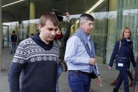 El juez pide prisión con una fianza de 50.000 euros al oficial del mercante ruso
