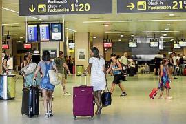 El aeropuerto de Ibiza incorpora conexiones con Roma y Edimburgo