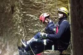 Rescatan a un niño de 12 años que cayó a un pozo desde 15 metros