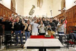 El Cristo Yacente, presente en un disco de marchas procesionales de Balears
