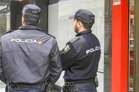 La Policía Nacional investiga el asesinato de una mujer acuchillada en una casa de ses Figueretes