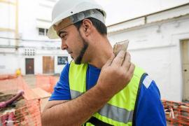 Identifican a dos personas que arrojaron piedras contra operarios de obras en Vila