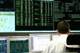 La demanda eléctrica disminuye un 5,6% en marzo