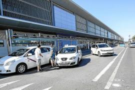 Asalariados del taxi denuncian despidos masivos en Ibiza por el nuevo régimen fiscal