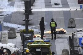 Detienen a un hombre por el ataque con camión en Estocolmo, que ha dejado cuatro muertos