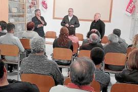 Militantes del PSOE en Ibiza debaten sobre las primarias y sus candidatos