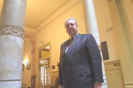 Muere el expresidente del Parlament balear Maximiliano Morales