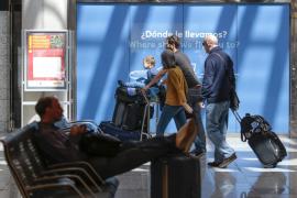 Cancelados 17 vuelos por el fallo informático en Son Sant Joan