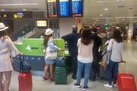 Un fallo en el sistema de control aéreo de Palma causa retrasos y cancelaciones en Ibiza